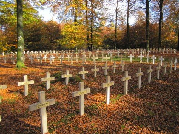CIMETIERE MILITAIRE DU PLATEAU A ROSSIGNOL : CONFLIT 1914 1918