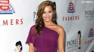 Demi Lovato ... elle sortirait avec un acteur d'une vieille série