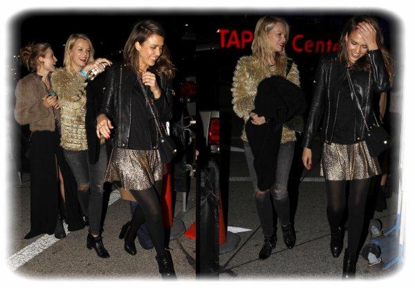 Jess se rend au concert de Beyoncé avec sa BF Kelly Sawyer, le 10 décembre