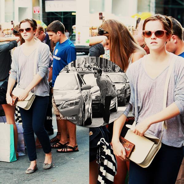 Le 14 juillet, emma était à Big Apple #NY city#, dans le quartier de Soho. Elle faisait du shopping, et on peut même la voir, discutant avec un chauffeur de taxi.