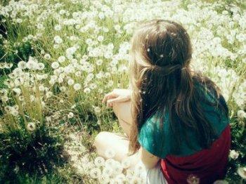 Vouloir oublier quelqu'un, c'est y penser tout le temps.