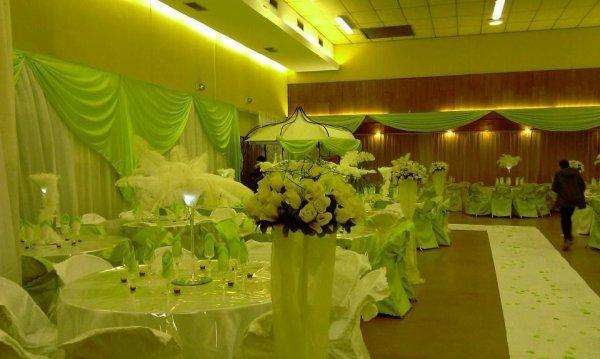 Mariage vert/blanc