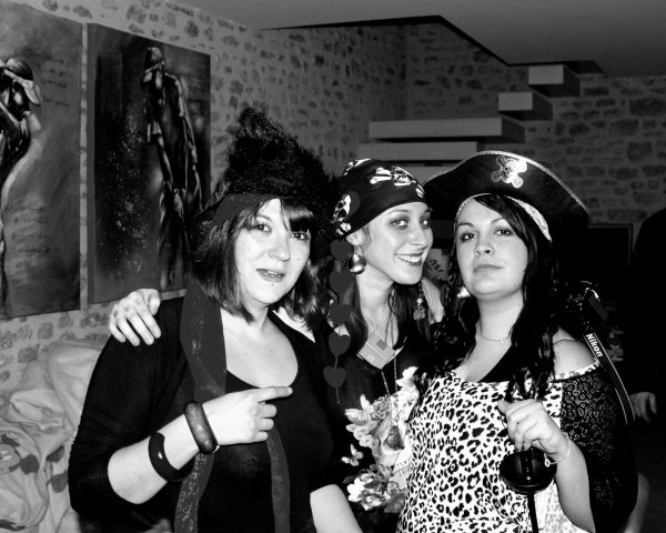 Girl Power [ Pirate ou Salope] !!