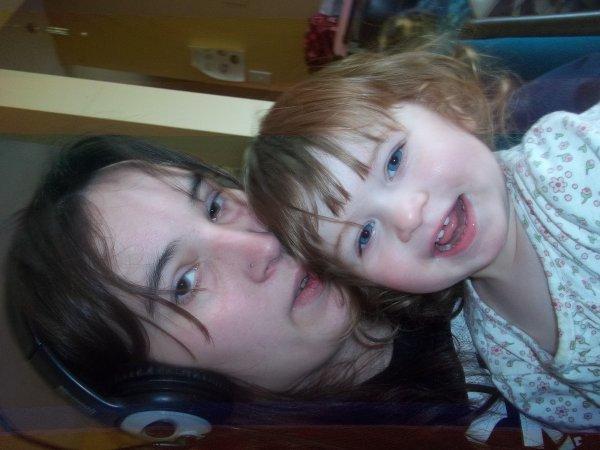moi et ma toune qui joue sur le site de yoopa ;)