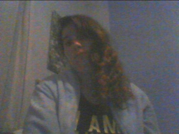 moi avec les cheveux blouclés