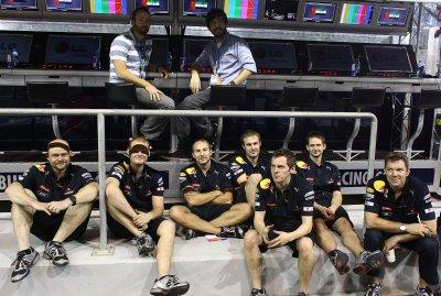 Mike et Phoenix à la Formule 1 @ Abu Dhabi