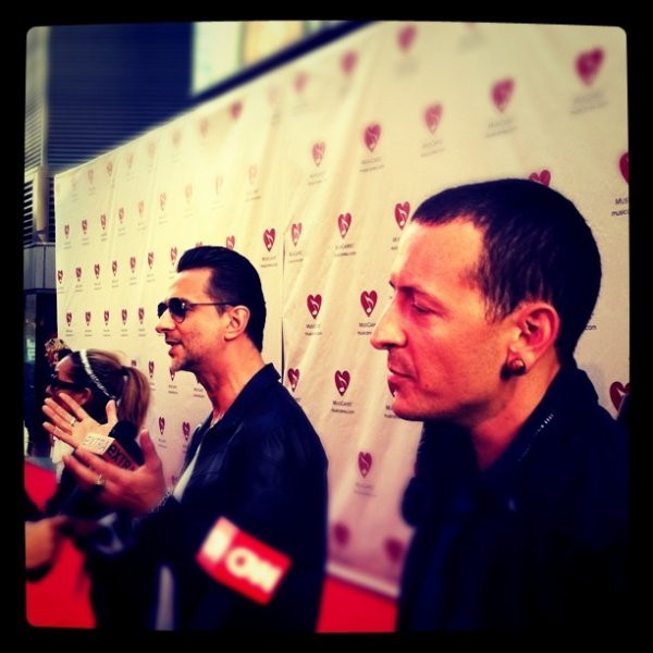 "Chester ""7th annual MusiCares MAP Fund Benefit"" hier soir"