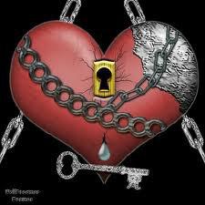 Un coeur qui ne s'ouvre pas est un coeur du quel rien se perd, mais rien n'y rentre non plus !