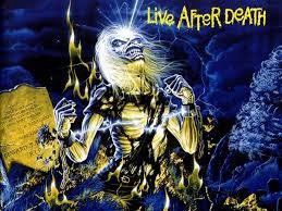 """"""" Jésus lui dit : Je suis la résurrection et la vie. Celui qui croit en moi vivra, quand même il serait mort """""""