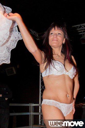 Alicia Show X
