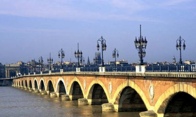:::::::::::::::::::::::::::::::Bordeaux <3 ::::::::::::::::::::::::::