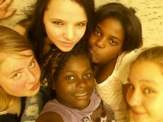Helena,Sherley,Steffy,Ghislaine et Chloé (moi)