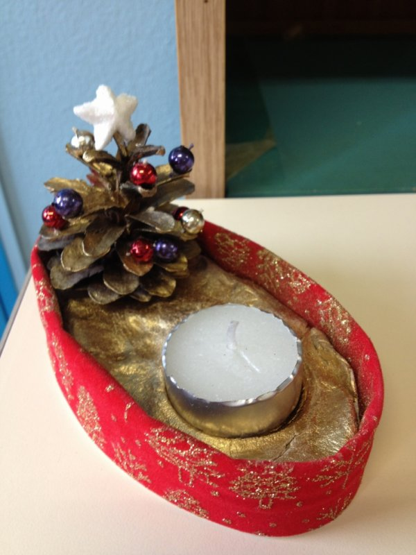 objets réalisés par les enfants pour le marché de noel de l'école