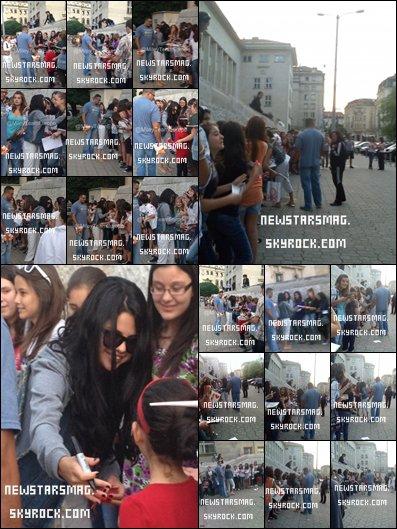 """Selena est arrivée en Bulgarie pour le tournage de son film """"The Getaway"""" + Premier GIFBOOM posté par Selena!"""