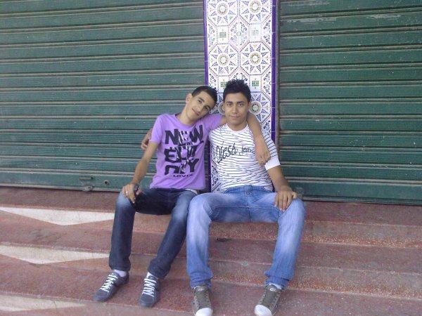 c moi avec mon ami amine true_love!!!