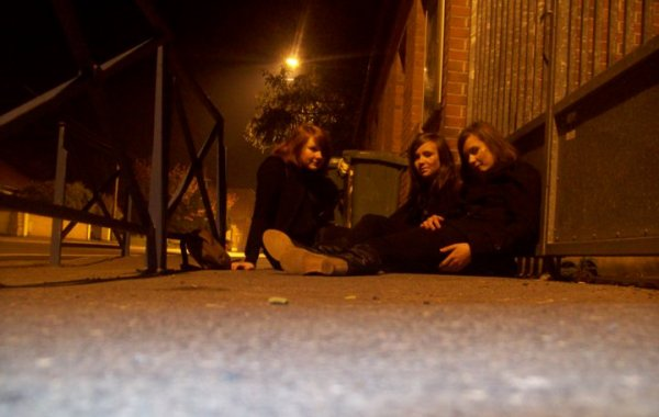 Céline. W & Amandine. M & Ophélie. B ::: HALL0WEEN _______ 31 Octobre 2010 ( ♥ )