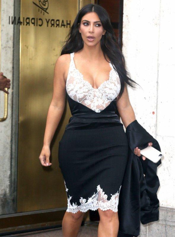 Kim Kardashian 'Forcing'Kanye West To Get 'Medical Treatment'For 'Erratic Behavior'?
