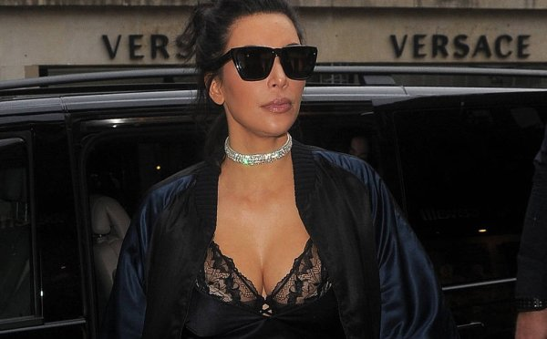 Hold On …Kim Kardashian Whips Up Some Sunday Soul Meals