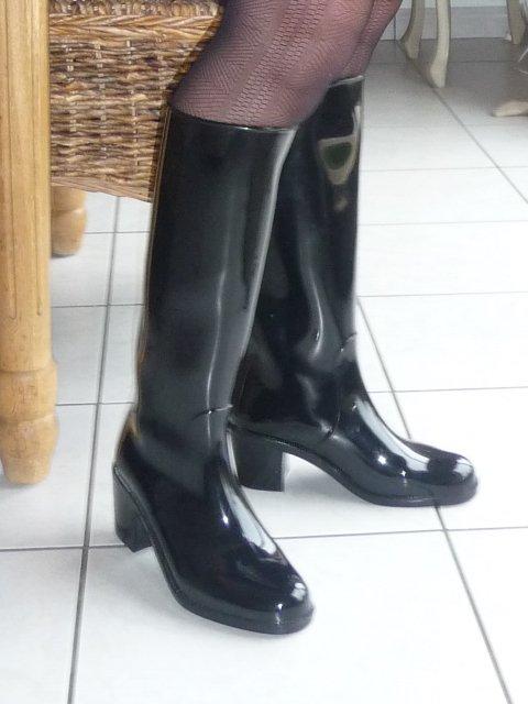 Madame en bottes caoutchouc - Blog de latexbb59