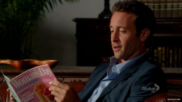 Hawaii 5.0 - Une nouvelle Ohana - Steve/Catherine - PG13 - Page 2 3271581570_1_8_P6P2WnJW