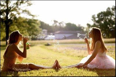 Les bulles c'est comme l'amour on ne sait jamais quand ça va éclater.