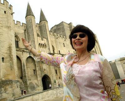 Superbe le palais des Papes, n'est-ce pas?