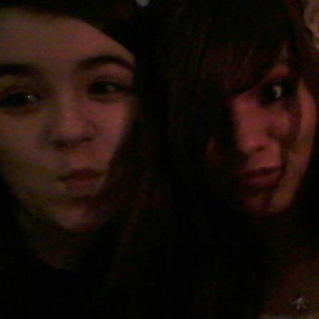moi et ma soeur au nouvel an ^^