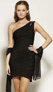 - Robes, coiffure et maquillage d'Eva et robe de Bella à la fête organisée par Alice -