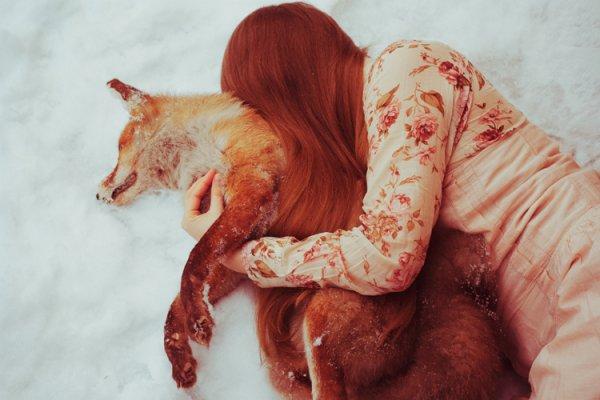 J'avais un peu d'espoir au creux de mes mains, et je retrouvais la vie grâce à vous. Mais les ténèbres et la mort ne peuven se passer de moi... Me voilà à nouveaux sans rien d'autre que des rêves impossible...