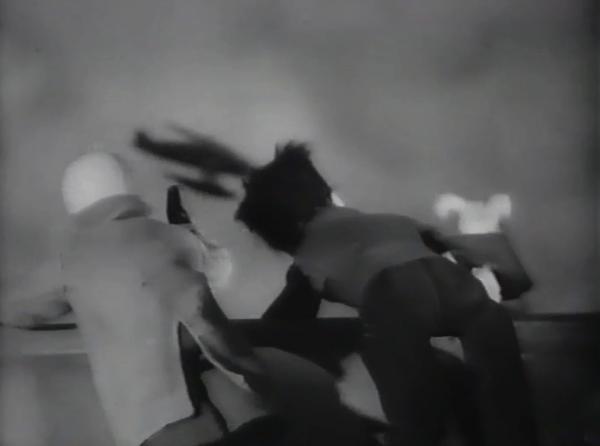 Film Le Crabe aux Pinces d'Or  de 1947 partie 2