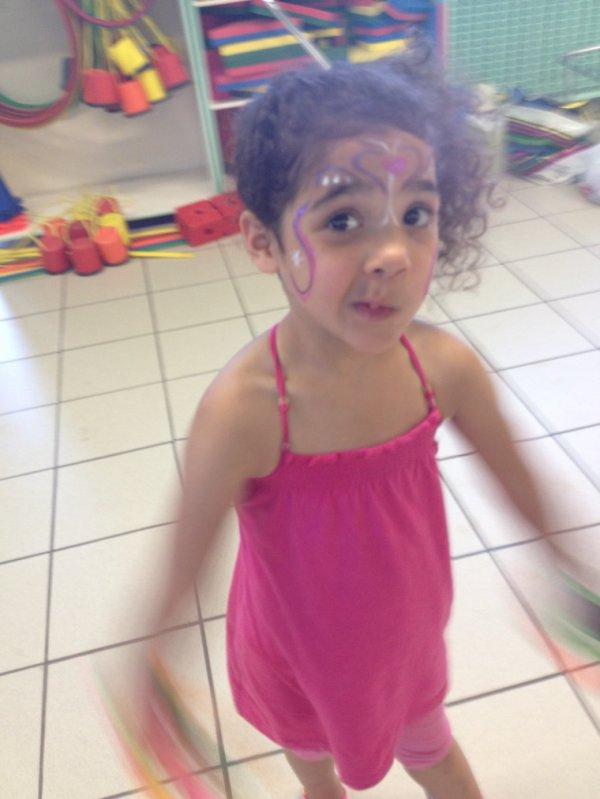 Ma fille à la kermesse de l'école
