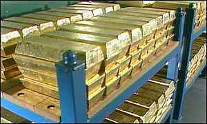Gold futures prices fell 0.33 percent to Rs 30,952 per 10 grams today