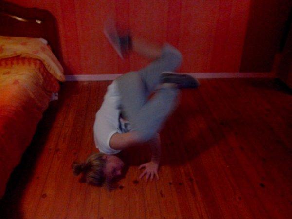 _Break Dance.