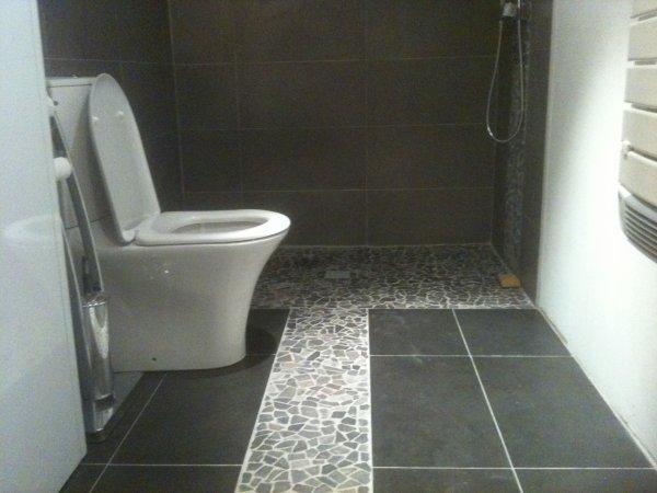 tout mes ouvres mes specialite c les douche italienne et la pierre et les relief decoratif et. Black Bedroom Furniture Sets. Home Design Ideas
