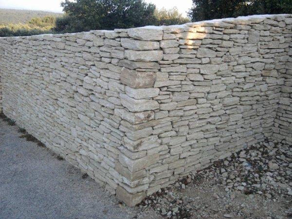 les mur in pierre seche
