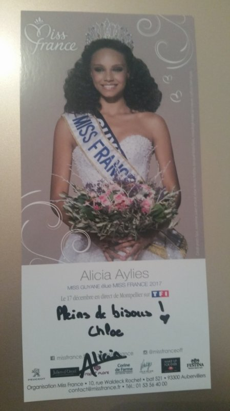 Dédicace d'Alicia Aylies !