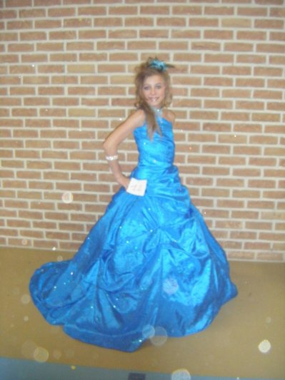 robe bleu  a vendre 10 12 ans