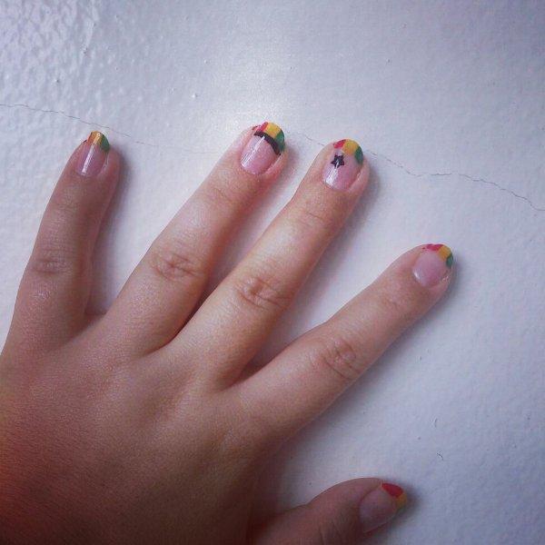 Petite manicure, grand délire!!!