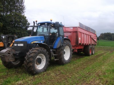 New-holland  TM155 avec benne orenge 18 t
