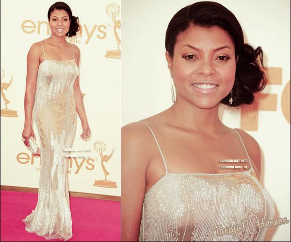 . .  ♦ 18.09.2011 Amber Riley  & Cie étaient aux 63rd  Emmys Awards au Nokia Theatre de  Los Angeles.  Quel est la tenue que vous préféré? Et celle que vous aimez le moins?  . .