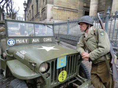 photo de moi tournage hier ...année 1940...la guerre !!!