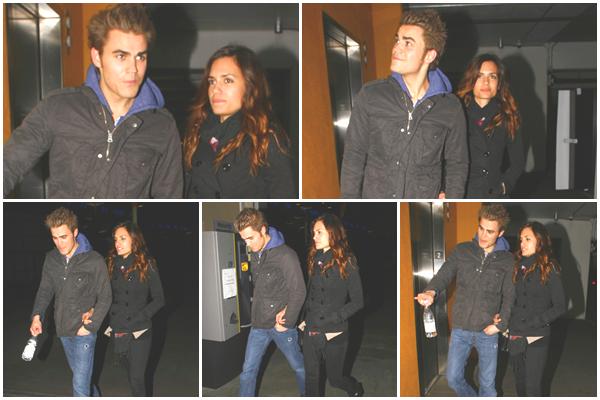 . Dimanche 26 Décembre 2010  Paul a été vu sortant du cinéma ArcLight en compagnie de Torrey ! [ La rumeur est donc bien fausse, Paul & Torrey n'ont pas rompu   :) ]