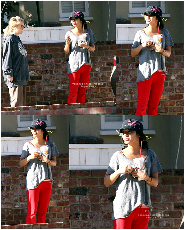 "*     1er Octobre 2007 :  Vanessa, Stella et Gina allaient manger au ""Paty's Diner"" à Toluka Lake."