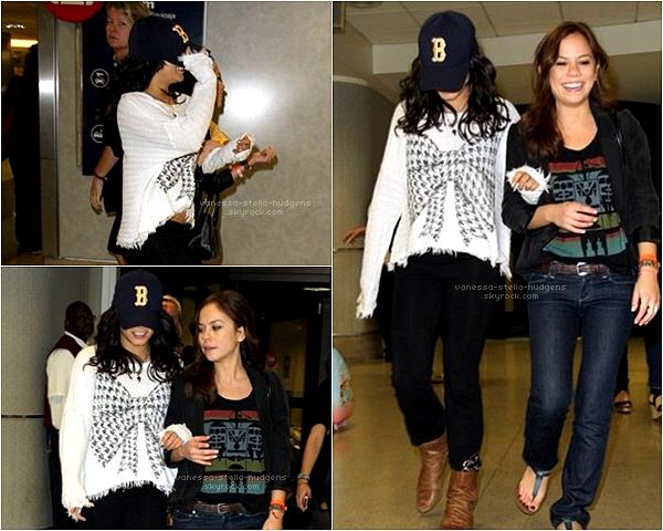 Toutes les dernières photos postés par Stella sur son compte instagram ! Vous aimez ? + Vanessa arrivant avec Kim Hidalgo et Austin au LAX ( aéroport de Los Angeles) après des vacances à Miami