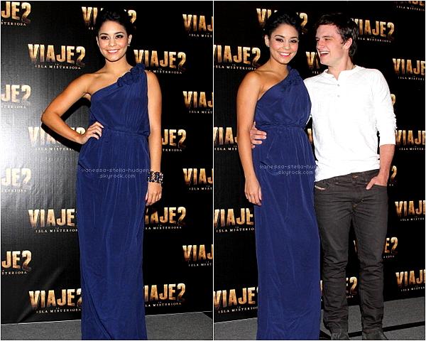 27/01/12 : Vanessa et le cast de The Journey 2 à une conférence de presse à Mexico.