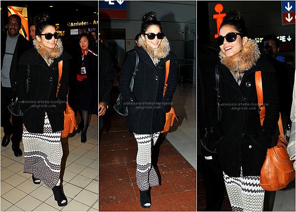 *  11/02/12 : Vanessa est arrivée tout sourir à Paris ce matin.   *