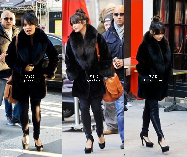 *  11/02/12 : Vanessa qui fait les incontournables boutiques chic de Paris.   Pour moi c'est un Top j'aime bien son manteau en fourrure. Top ou Flop ?        *