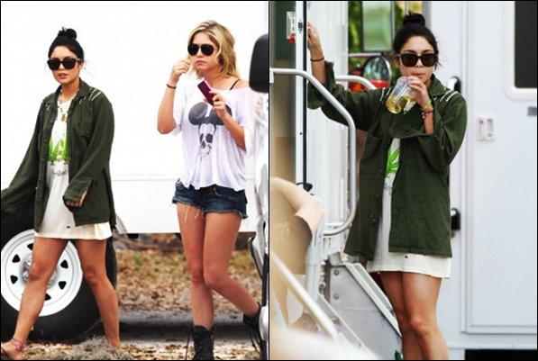 """*  07/03/12 : Vanessa et Ashley Benson encore et toujours sur le set de  """"Spring Breakers"""" Découvrez aussi deux nouvelles photos de Vanessa et ses co-stars.   *"""