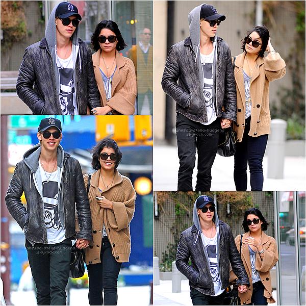 *  24/03/12 : Vanessa est de retour à New York pour retrouver Austin qui y séjourne, ils ont été vus hier en train de marcher dans Soho.    *