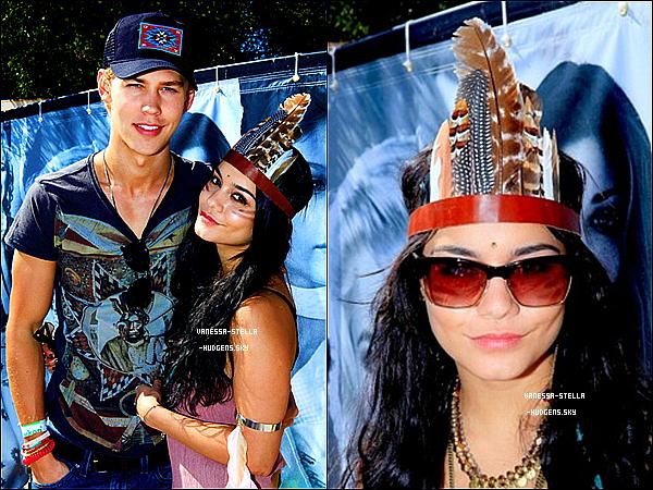*    14 avril 2012 : Vanessa et Austin étaient présents à la GUESS Hotel And Smoke & Mirrors Party durant le deuxième jour du festival de Coachella .  *